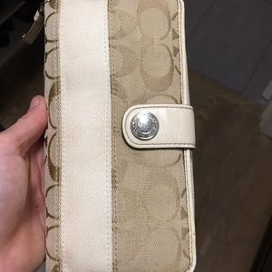 Coach wallet, tan and off white